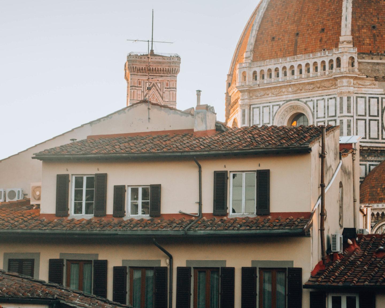 veduta tetti e cupola duomo firenze